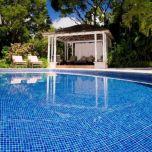 """Glass Pool Tiles, Blue Blend Glass (1""""x1""""x8mm)"""