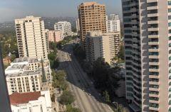 Nice view of Wilshire Boulevard